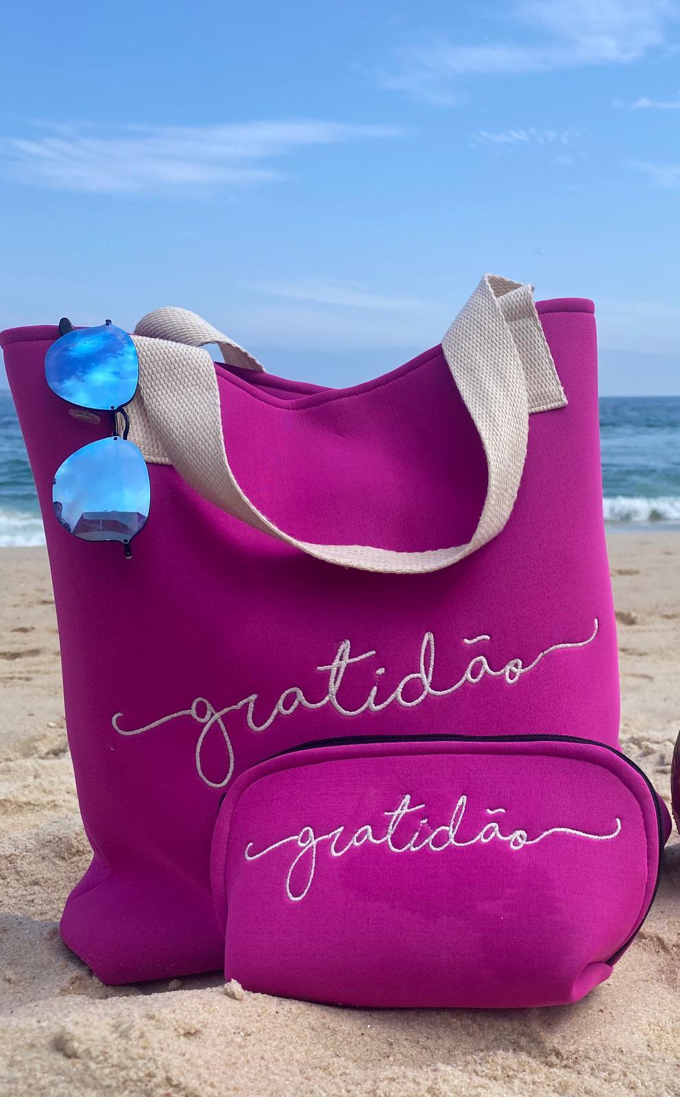Bolsa de praia Pink Gratidão com necessarie combinando
